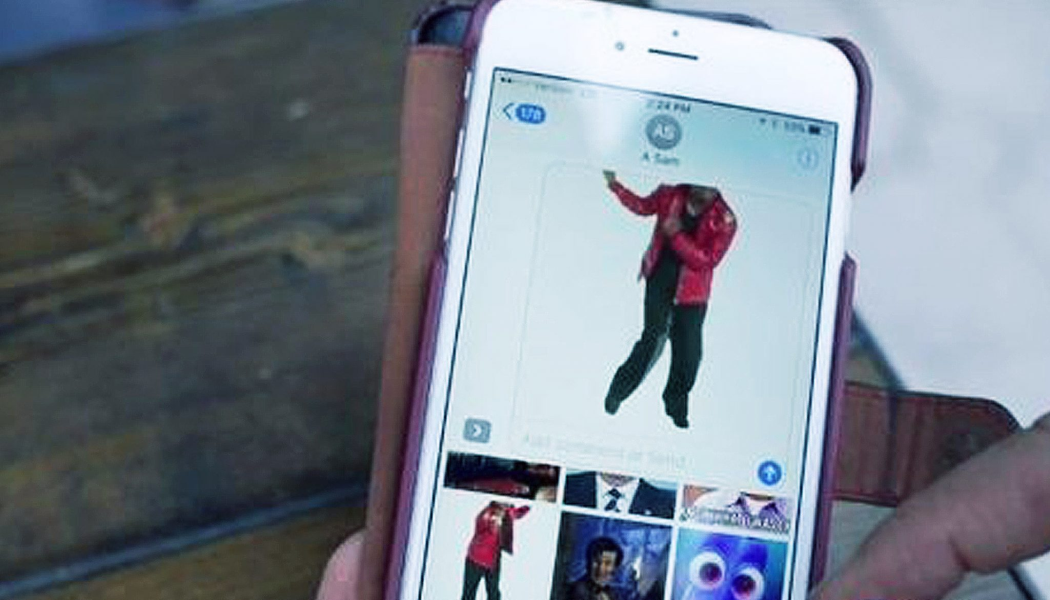Apple Accidentally Releases Hardcore Porn GIFs In iOS 10 iMessage