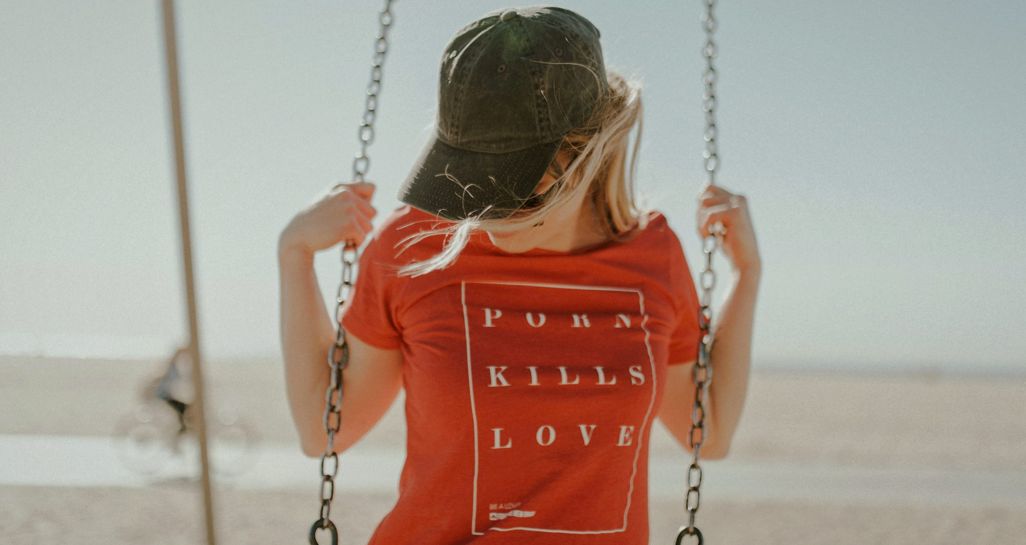 @leah_roach_ and Lacey Bee Photography @thelaceybee at Santa Monica CA Pier 2_science behind slogan porn kills love