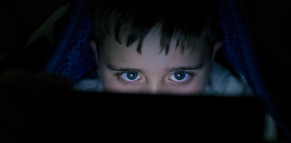 twelve-year-olds-struggling-academically-dark-computer