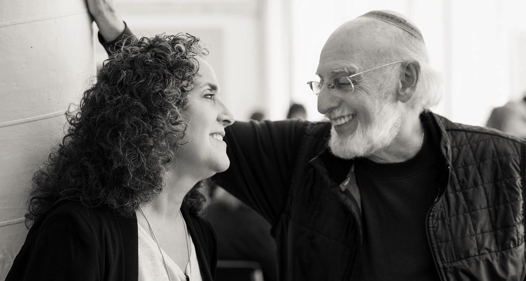 "Renowned Relationship Therapists Drs. Julie & John Gottman Release ""Open Letter on Porn"""