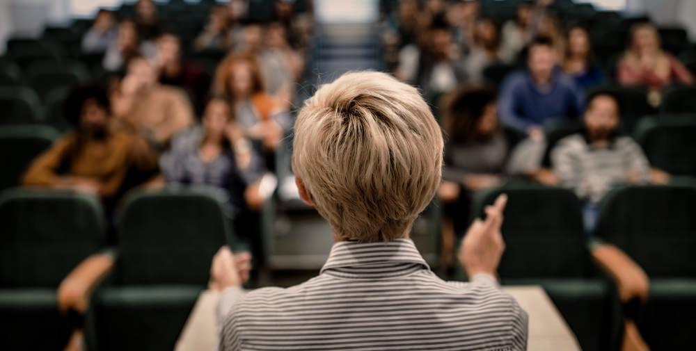 porn-studies-classes-university-class-college-university-woman-teacher-students