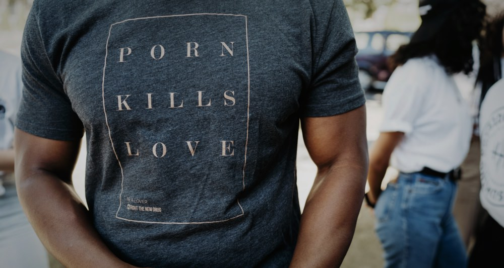porn-kills-love-tee-science-behind-slogan-photoshoot